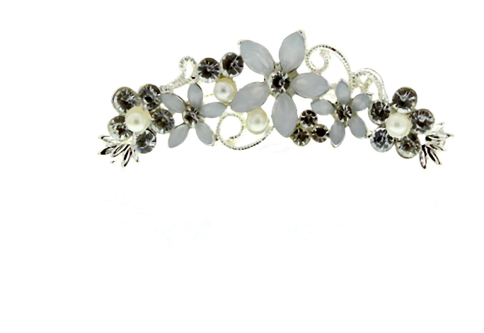 nowy-rok-trendy-Claires_Crystal_And_Pearl_Hair_Clip-002-2014-01-29 _ 23_16_54-75